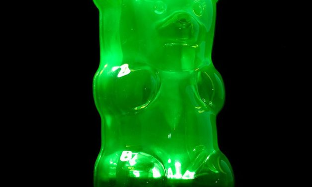 Random Stuff That Rocks: Gummygoods Gummy Bear Nightlight
