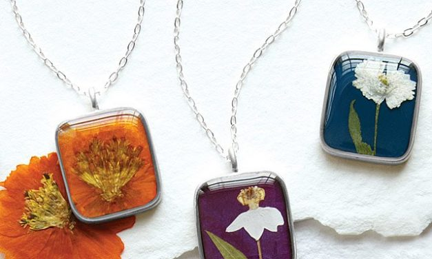 Random Stuff That Rocks: Birth Month Flower Necklace