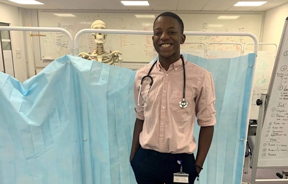 Medical Student Creates Handbook for Darker Skin