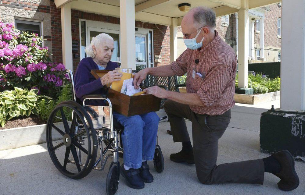 Pen Pal Programs For the Elderly During Pandemic