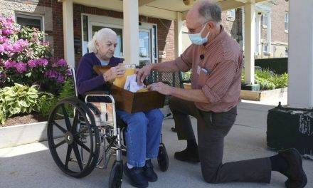 Pen Pal Programs For the Elderly During Pandemic